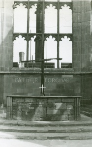 1953-coventry-cathedral-ruins2