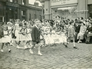 1953-jul-whitsuntide-parade